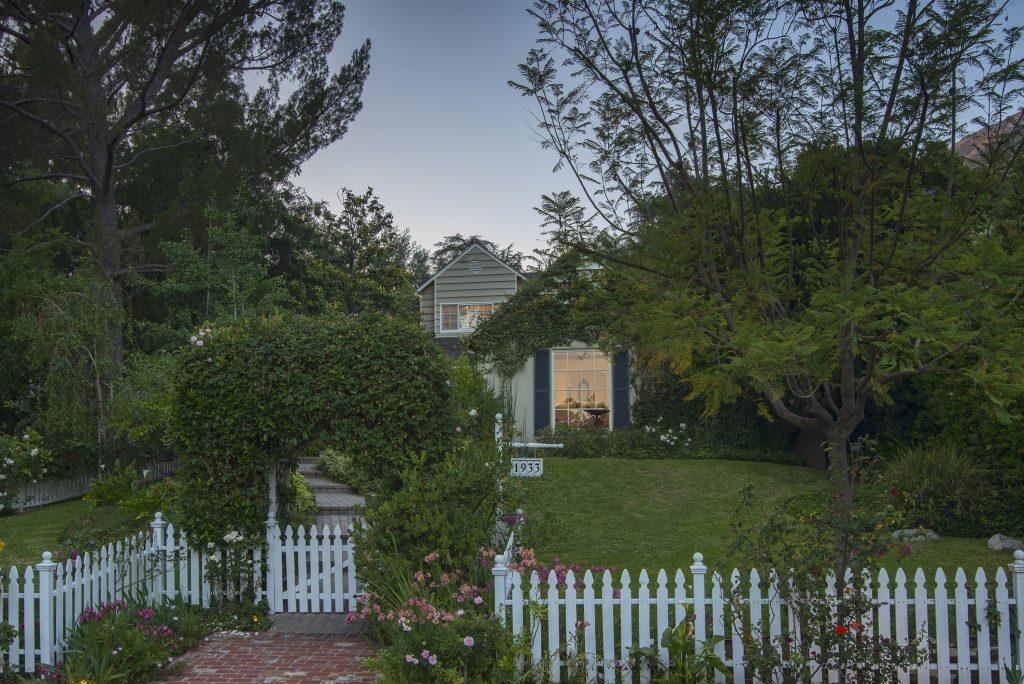1933 Homewood Drive, Altadena