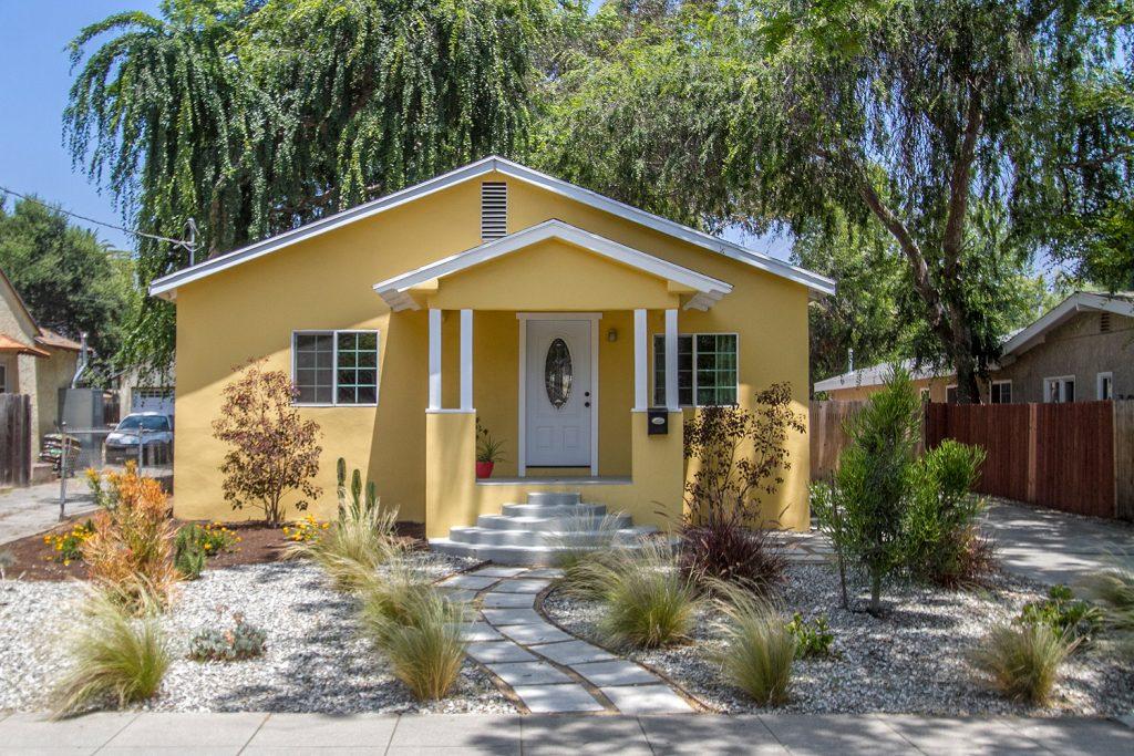 385 Highland Street, Pasadena