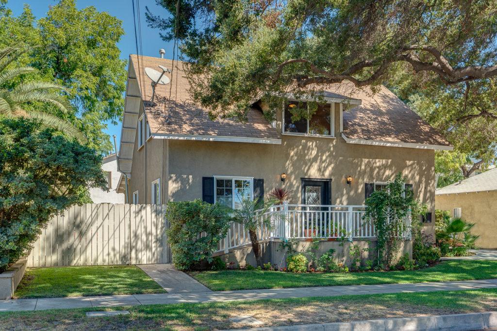 125 East Hammond Street, Pasadena