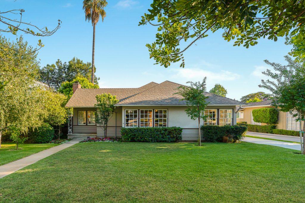 2330 Lambert Drive, Pasadena